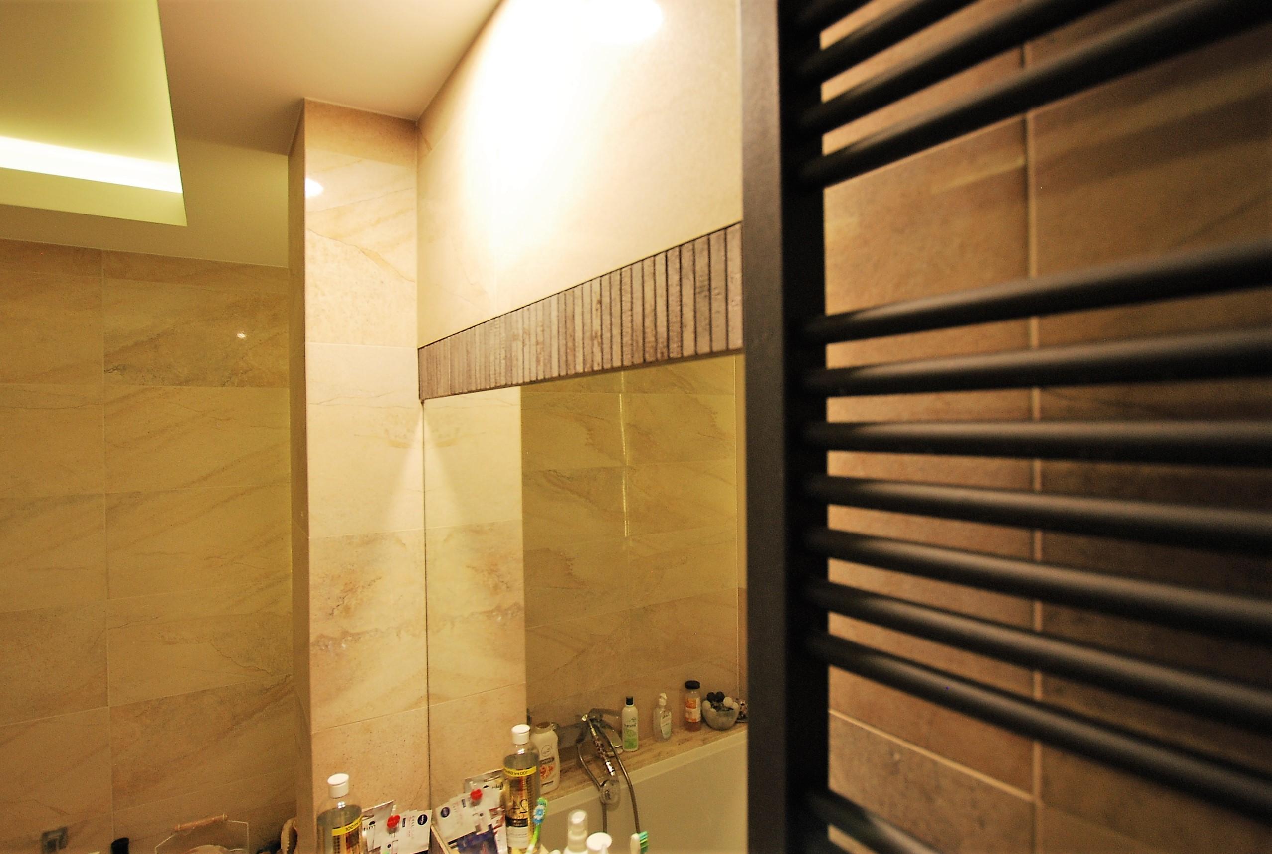 łazienka dekor lustra